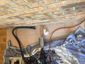 薪ストーブ外気導入取り付け工事