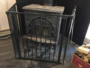 薪ストーブ用ハースゲート設置位置