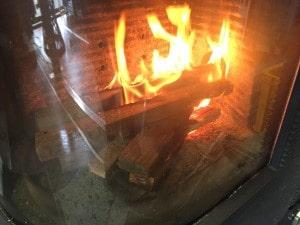 薪ストーブの燃料