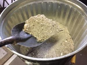 薪ストーブの灰処理スコップ