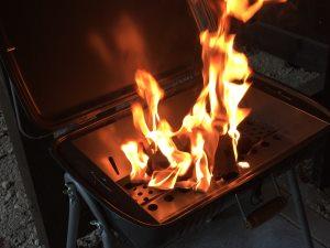 キャンプで焼肉料理