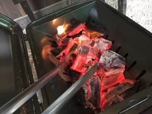バーベキューコンロの火起こし方法