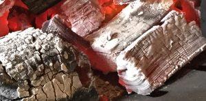 炭の遠赤外線で料理